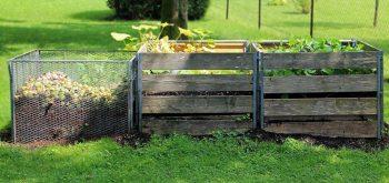 Compostaggio domestico in giardino